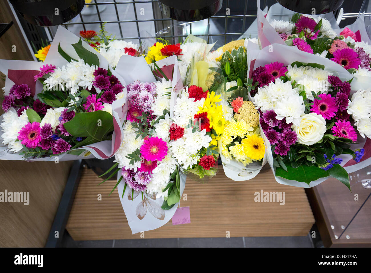 Cheap Flowers Stock Photos Cheap Flowers Stock Images Alamy
