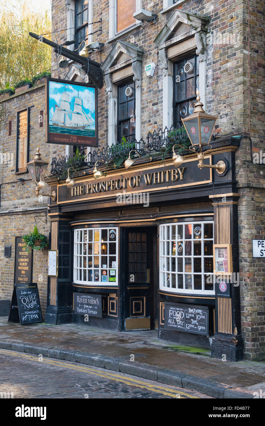 East End London: London East End Wapping Prospect Of Whitby London's Oldest