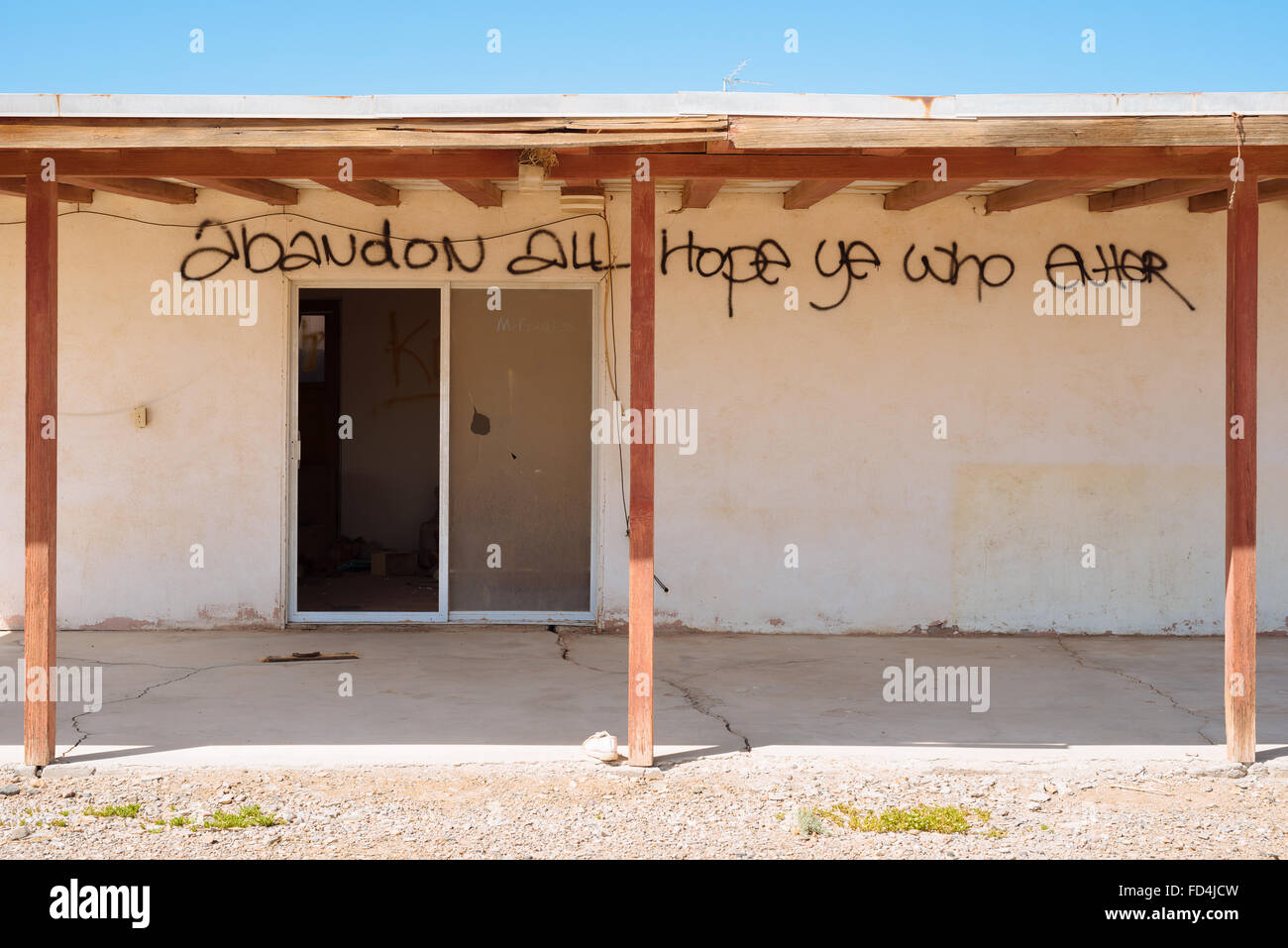 An abandoned house in Bombay Beach, California, on the eastern shore of the Salton Sea - Stock Image