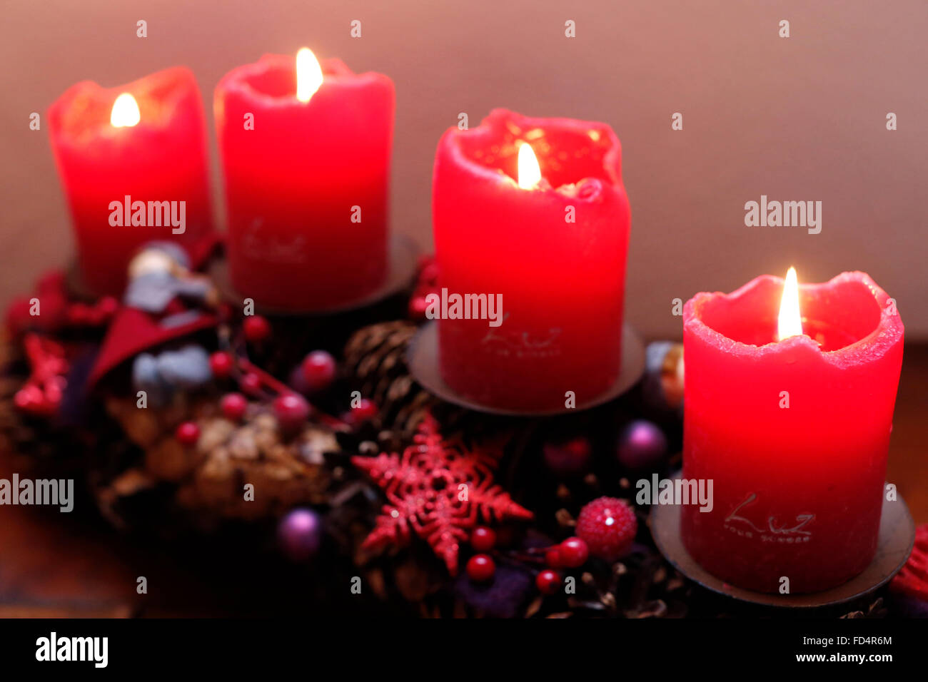 Advent wreath with candles. - Stock Image