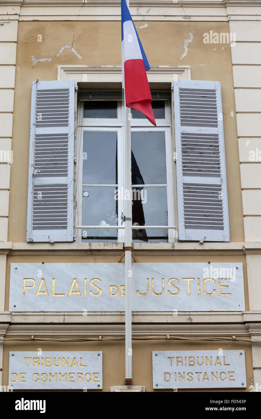 Saint Tropez, Palais de justice. - Stock Image