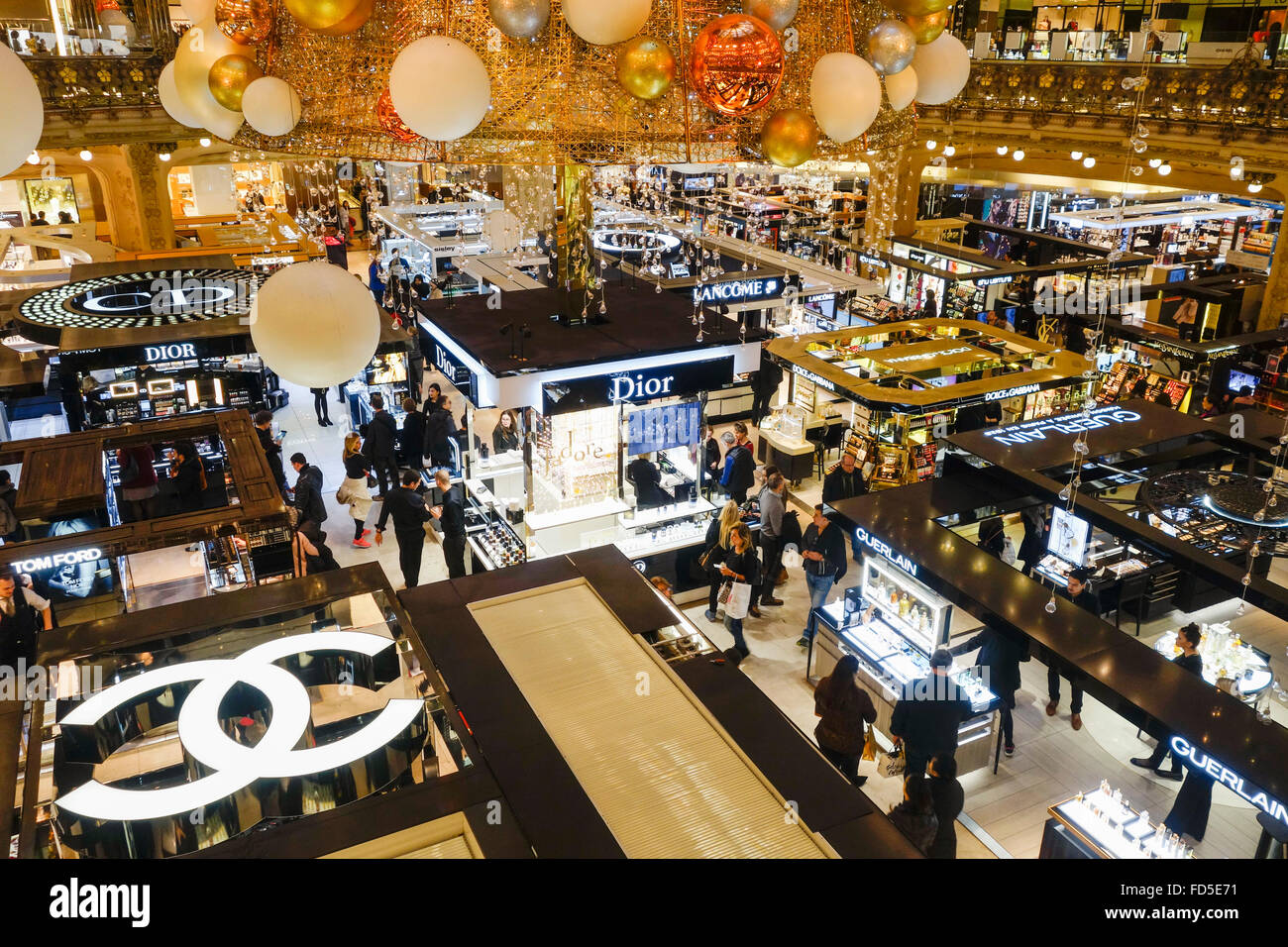 High end perfume shops in main centre of Galeries Lafayette, Paris, France. - Stock Image