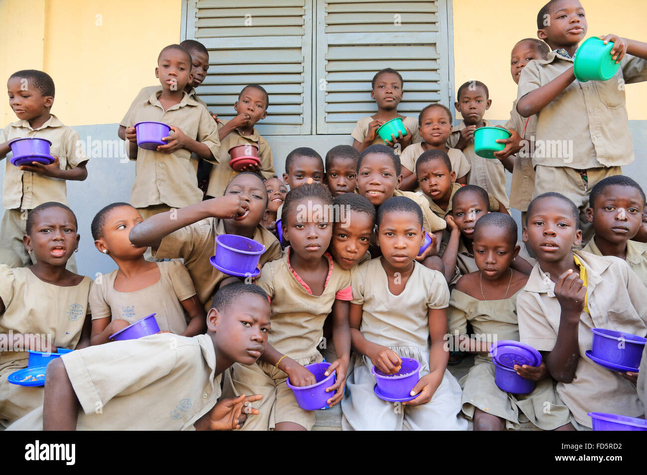 Meal distribution. Primary School. - Stock Image