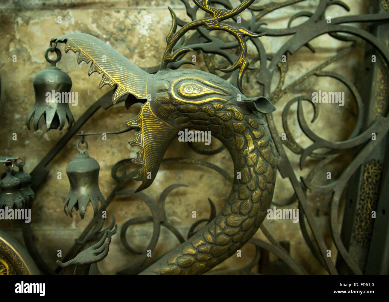 iron dragon in master safar fooladgar workshop, Central district, Tehran, Iran - Stock Image