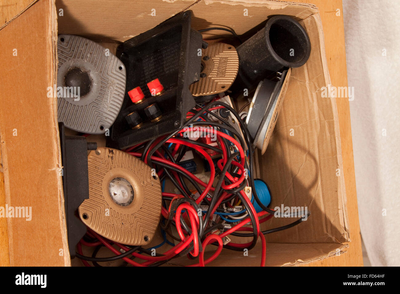 Speaker Crossovers Circuit Diagram Stock Vector Panels Photos Images Alamy A Cardboard Box Containing Poor Condition Tannoy Tweeters Terminal And Port