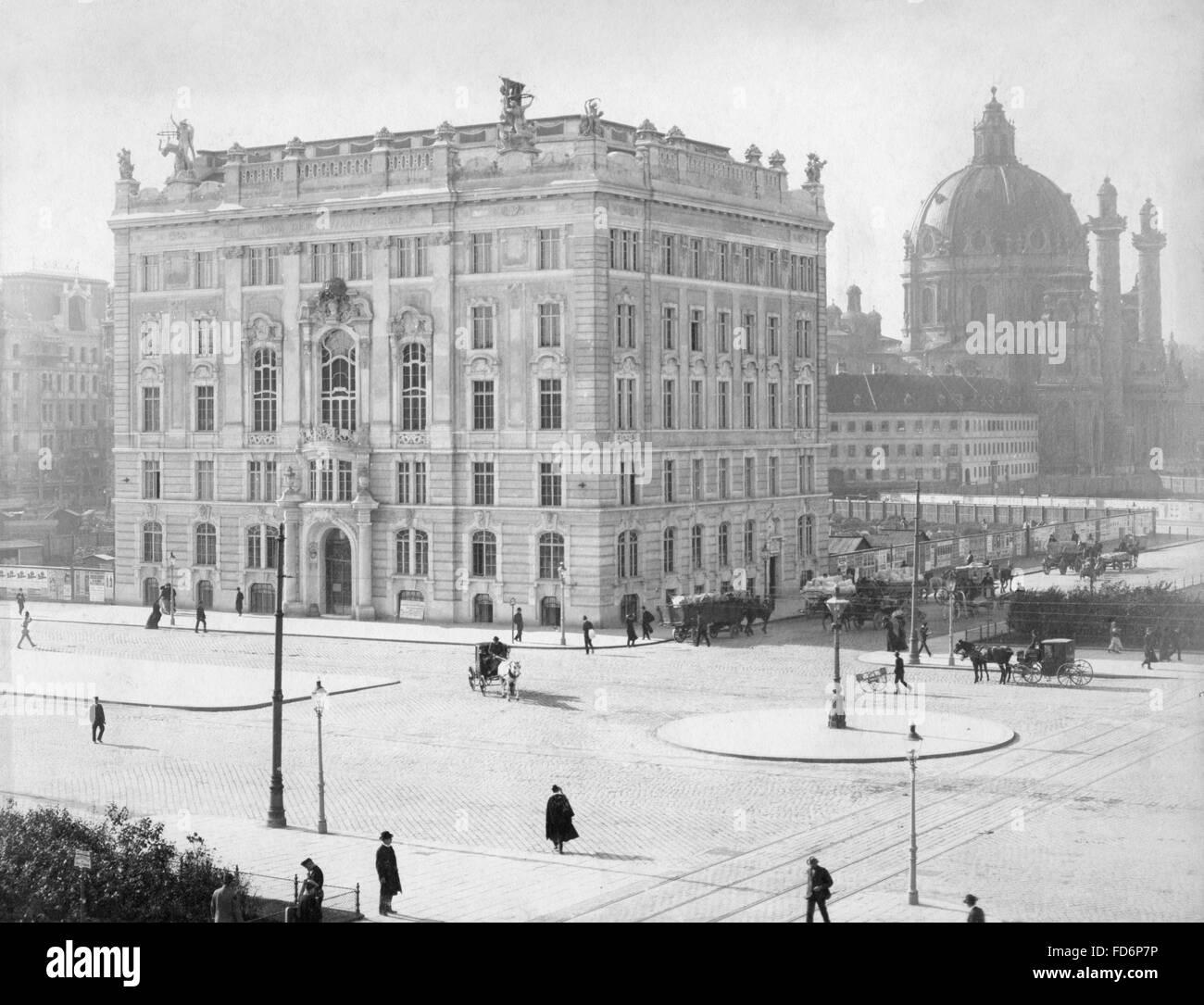 The Haus der Wiener Kaufmannschaft (House of the Merchants of Vienna) in Vienna, 1903 - Stock Image