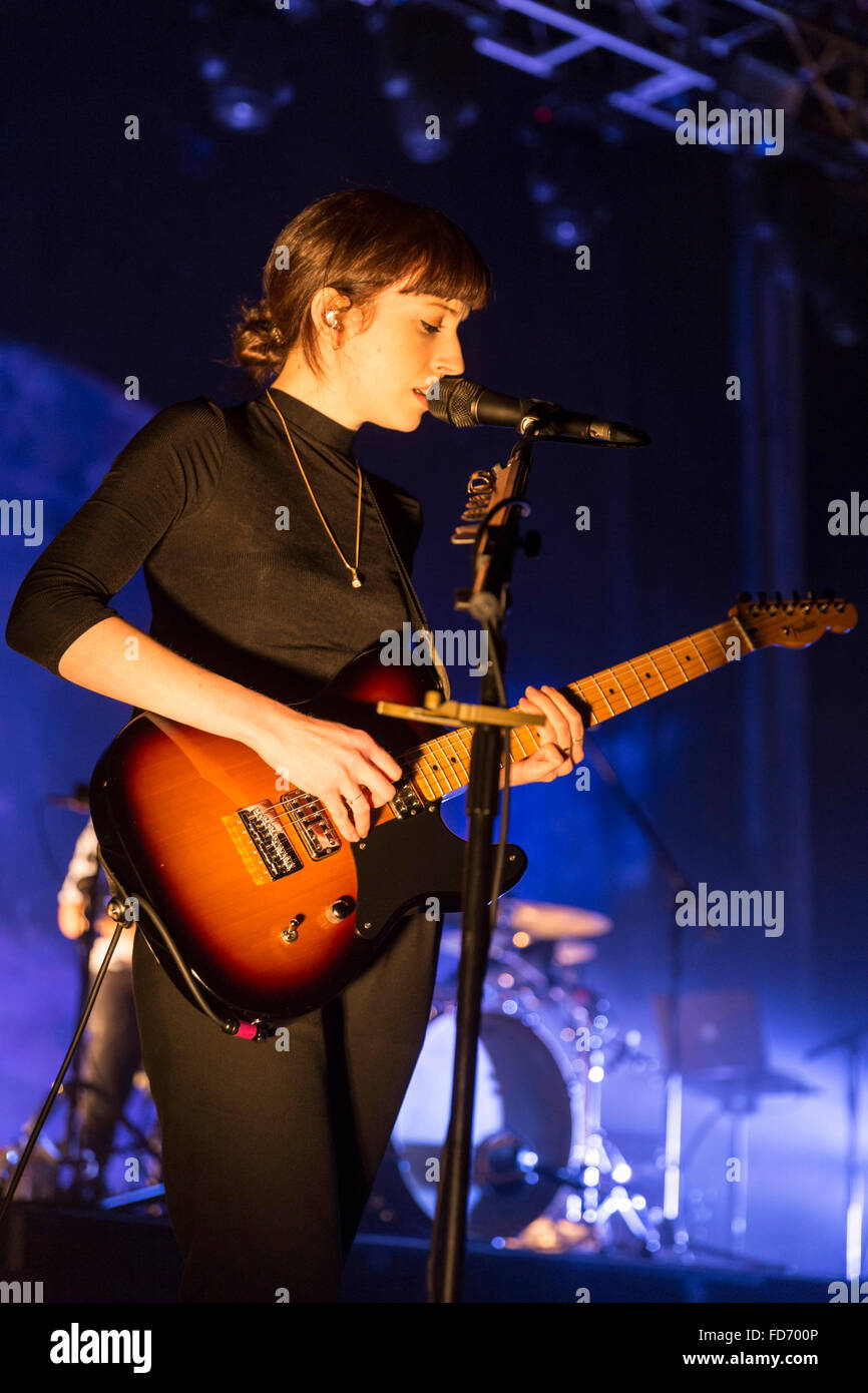 London, UK, 28th Jan 2016. Daughter Live Performance at o2 Kentish Town Forum. © Robert Stainforth/Alamy Stock Photo