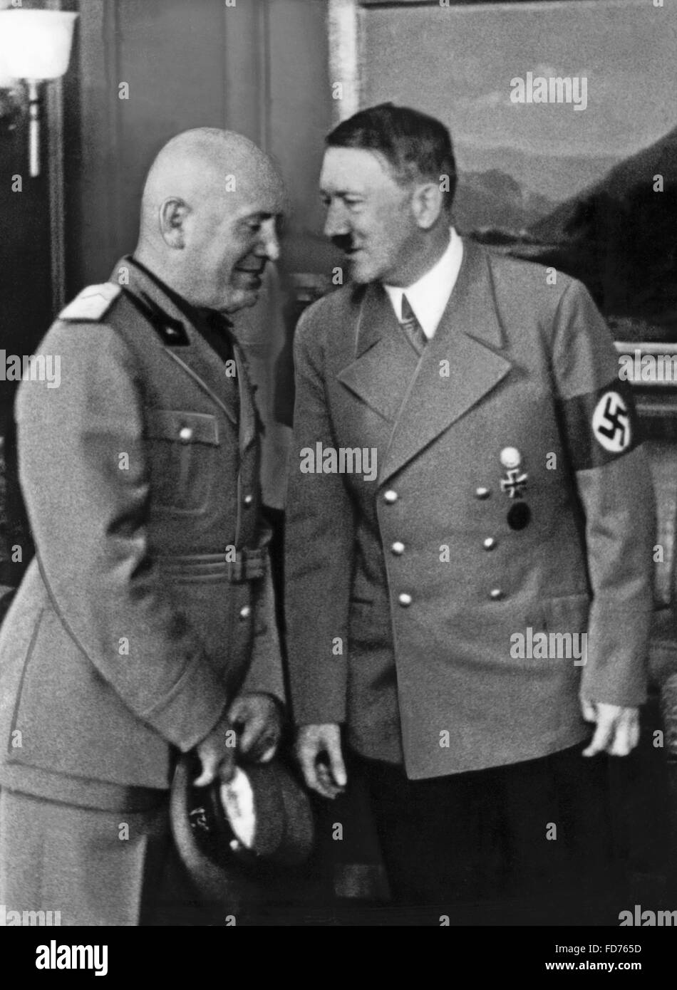 Benito Mussolini with Adolf Hitler in Munich, 1938 - Stock Image