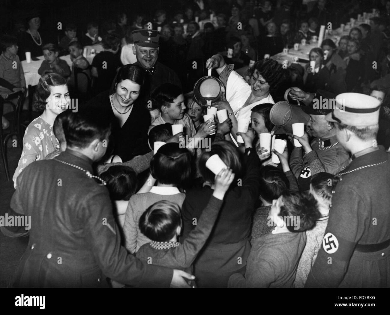 SA celebration for children, 1935 - Stock Image