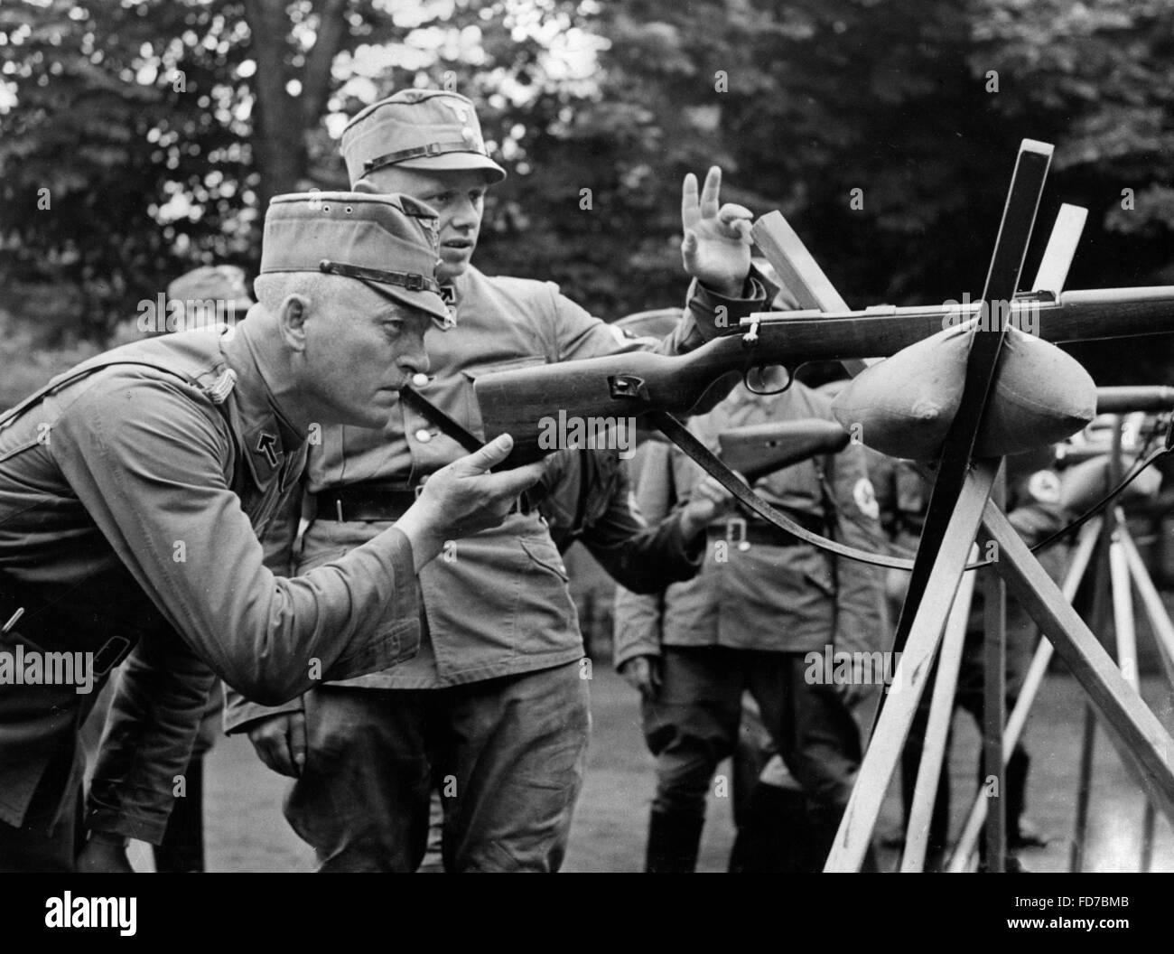 SA members at target practice, 1939 - Stock Image