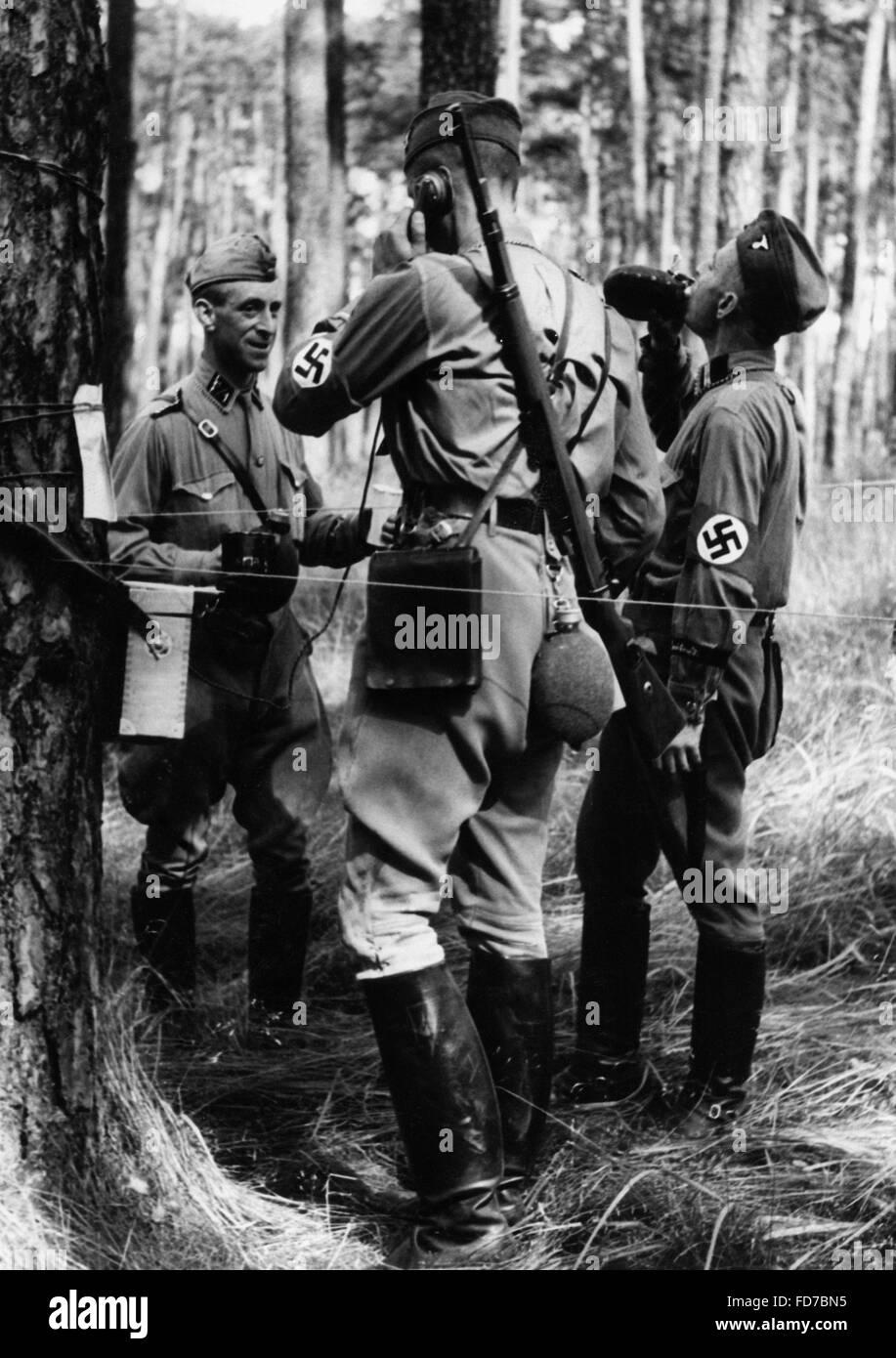 Field exercise of the Nachrichten SA, 1939 - Stock Image