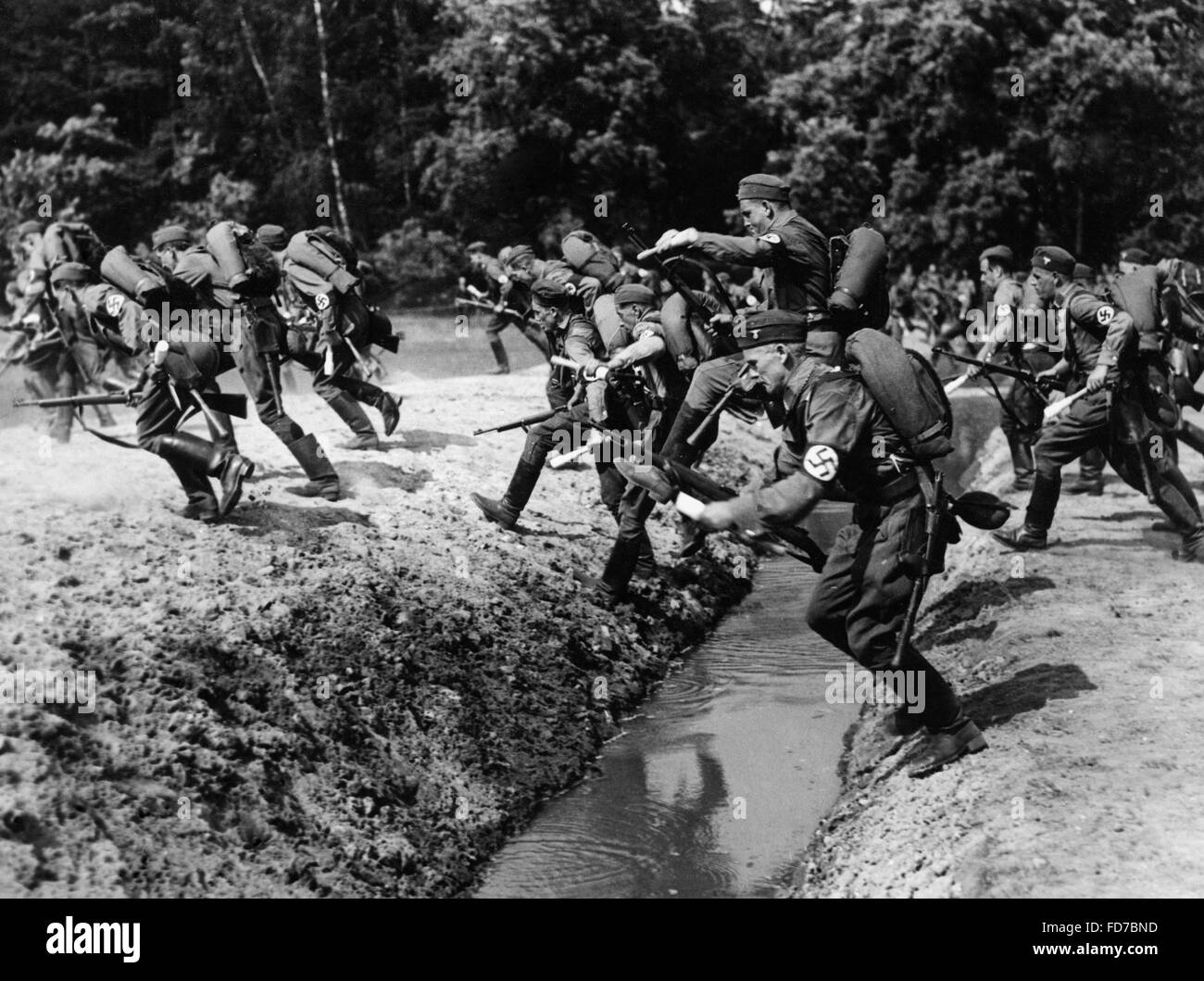 Steeplechase at the SA Reich sports competition, 1938 - Stock Image