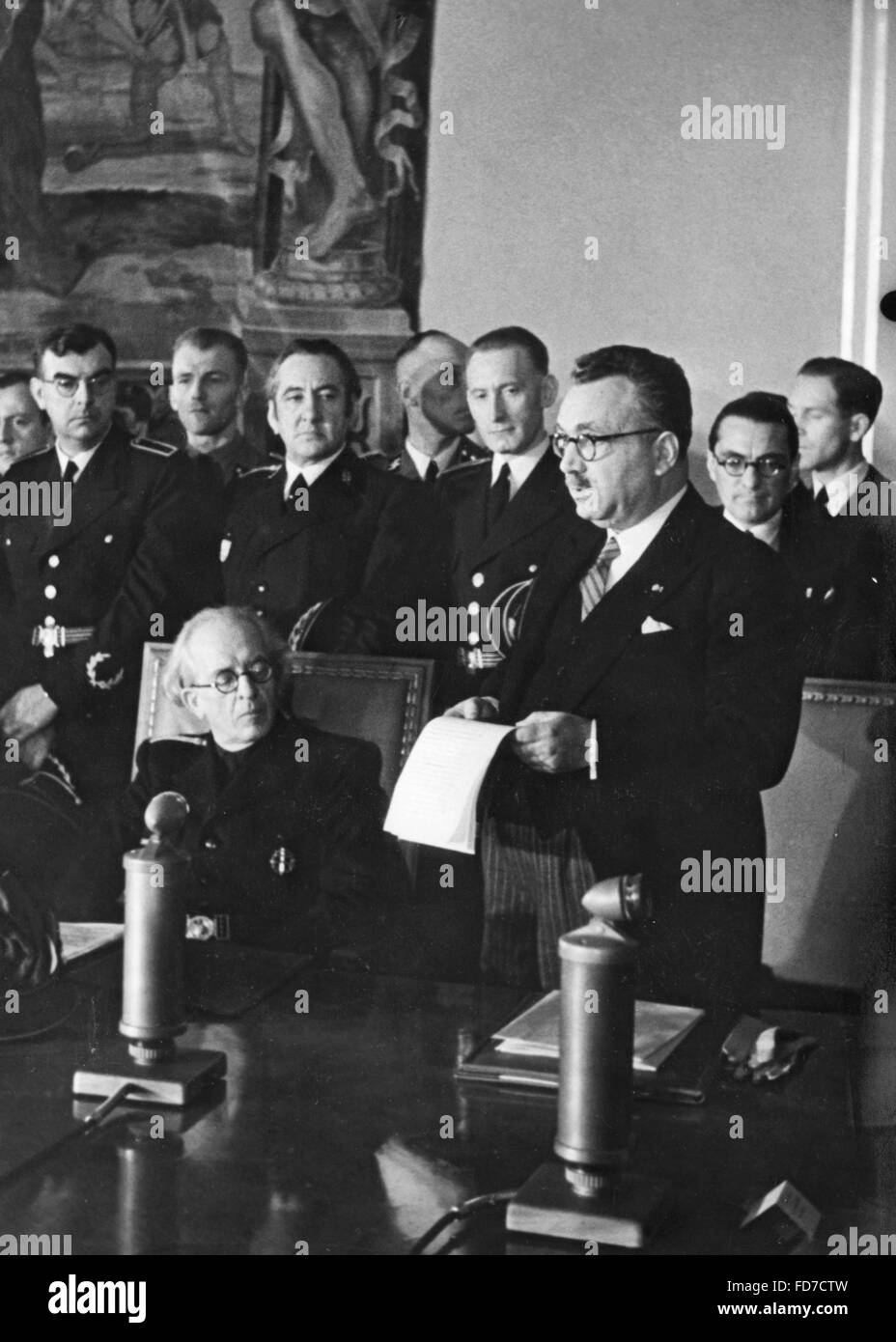 Tuka and Popov at the extension and expansion of the Anti-Comintern Pact, 25.11.1941 Stock Photo