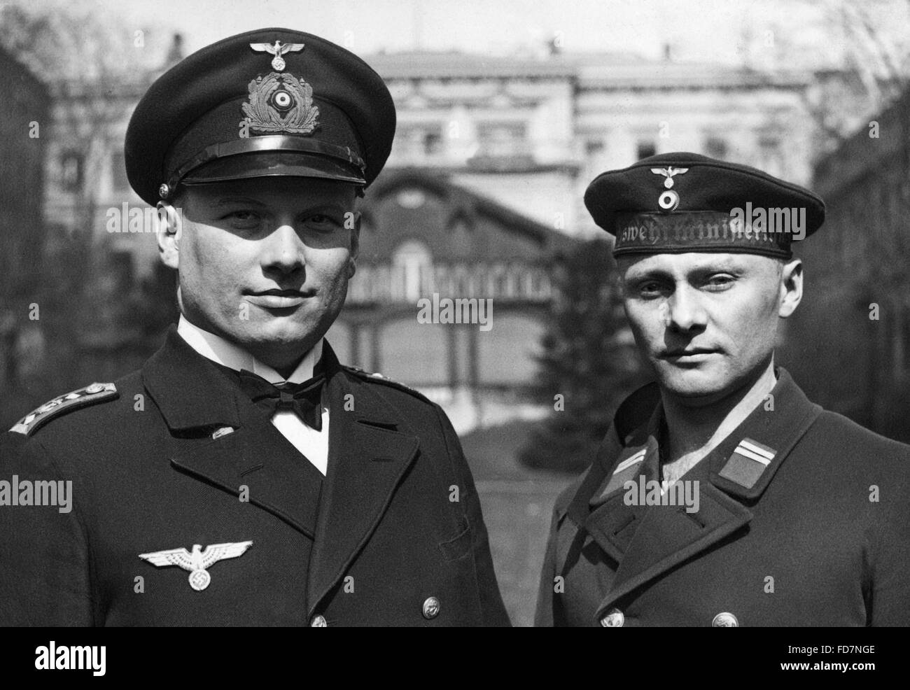 New uniform regulations at the Reichsmarine (Imperial Navy), around 1934 - Stock Image