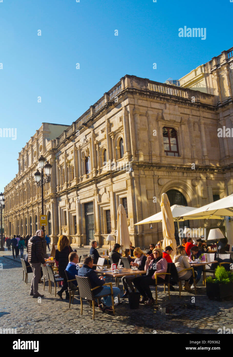 Plaza de San Francisco, with Ayuntamiento, the Town Hall, old town, Sevilla, Andalucia, Spain - Stock Image