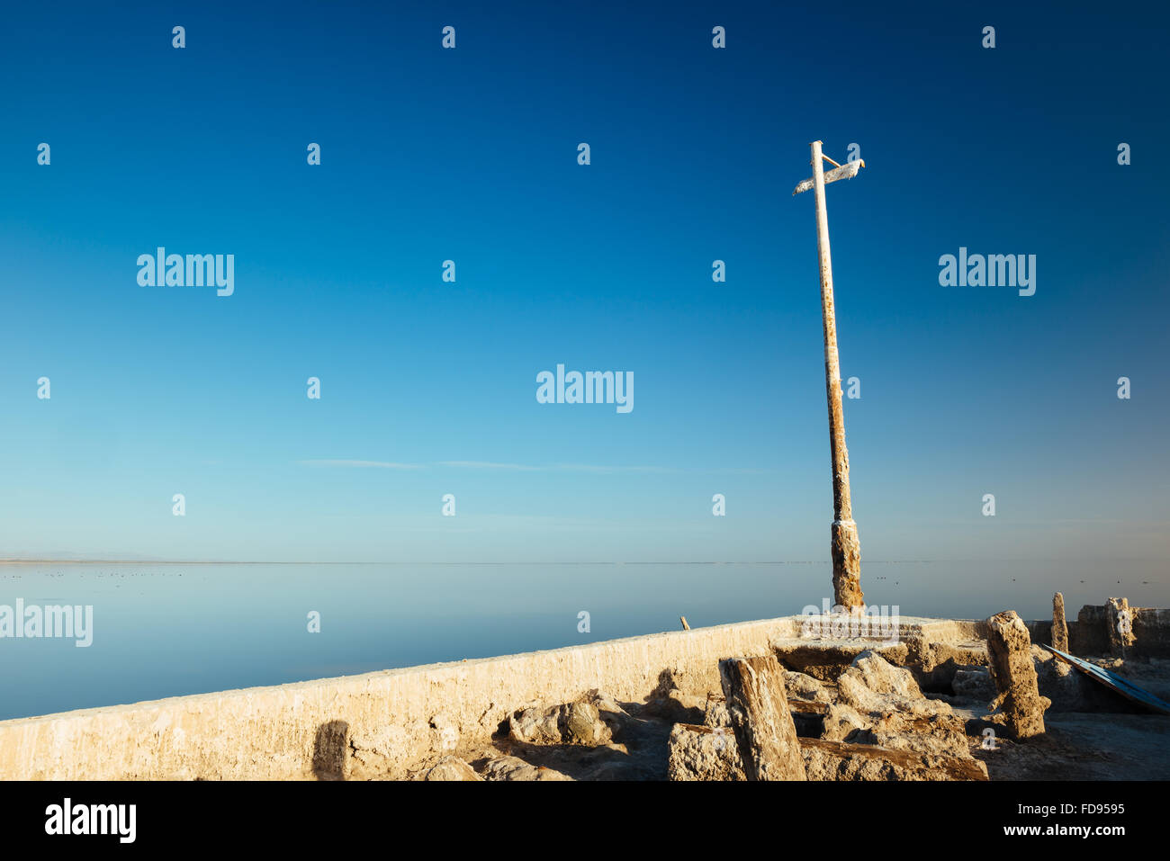 Salt-encrusted ruins on Bombay Beach, on the eastern shore of the Salton Sea, California - Stock Image