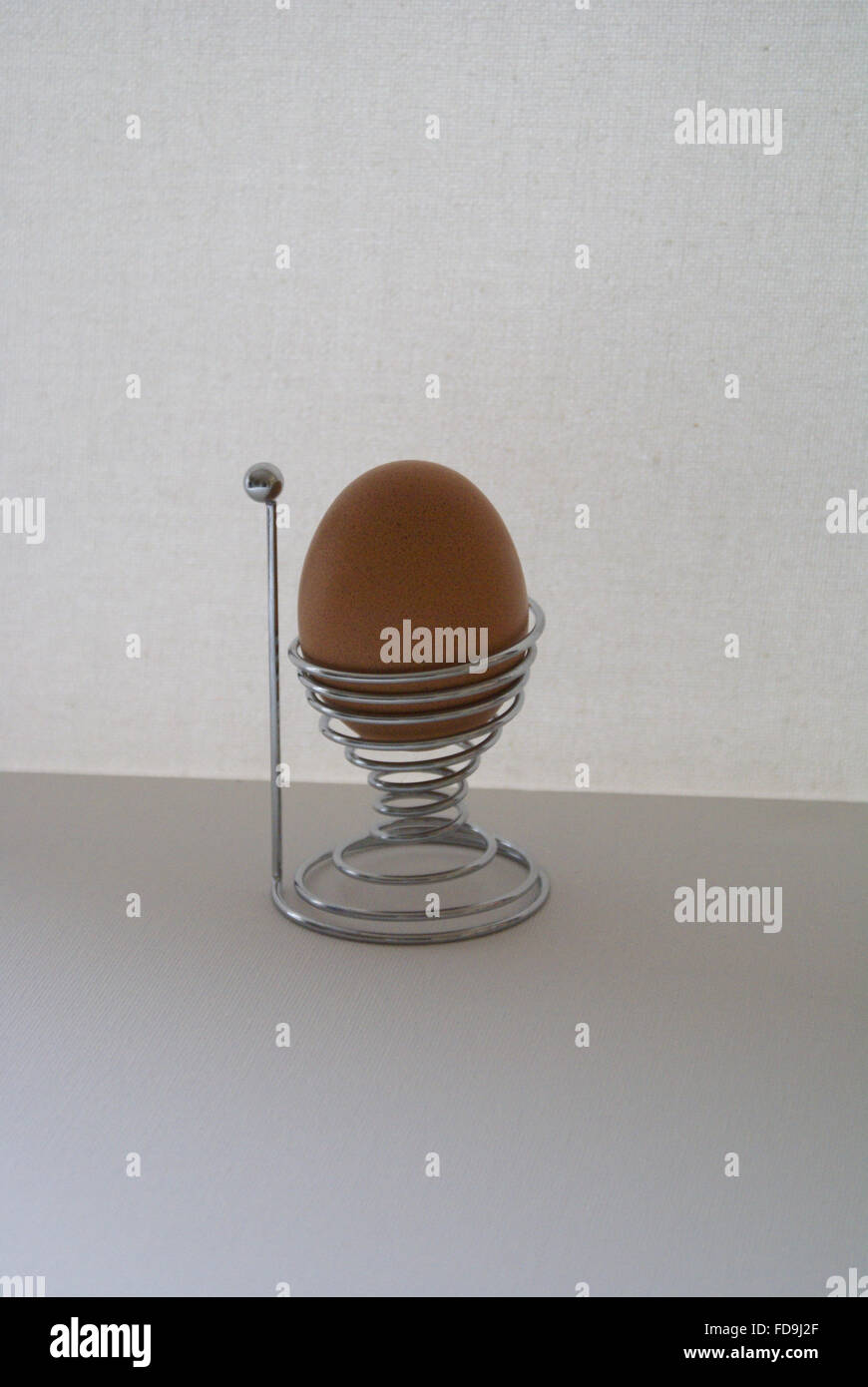 Modern Wire Egg Cup Stock Photos & Modern Wire Egg Cup Stock Images ...