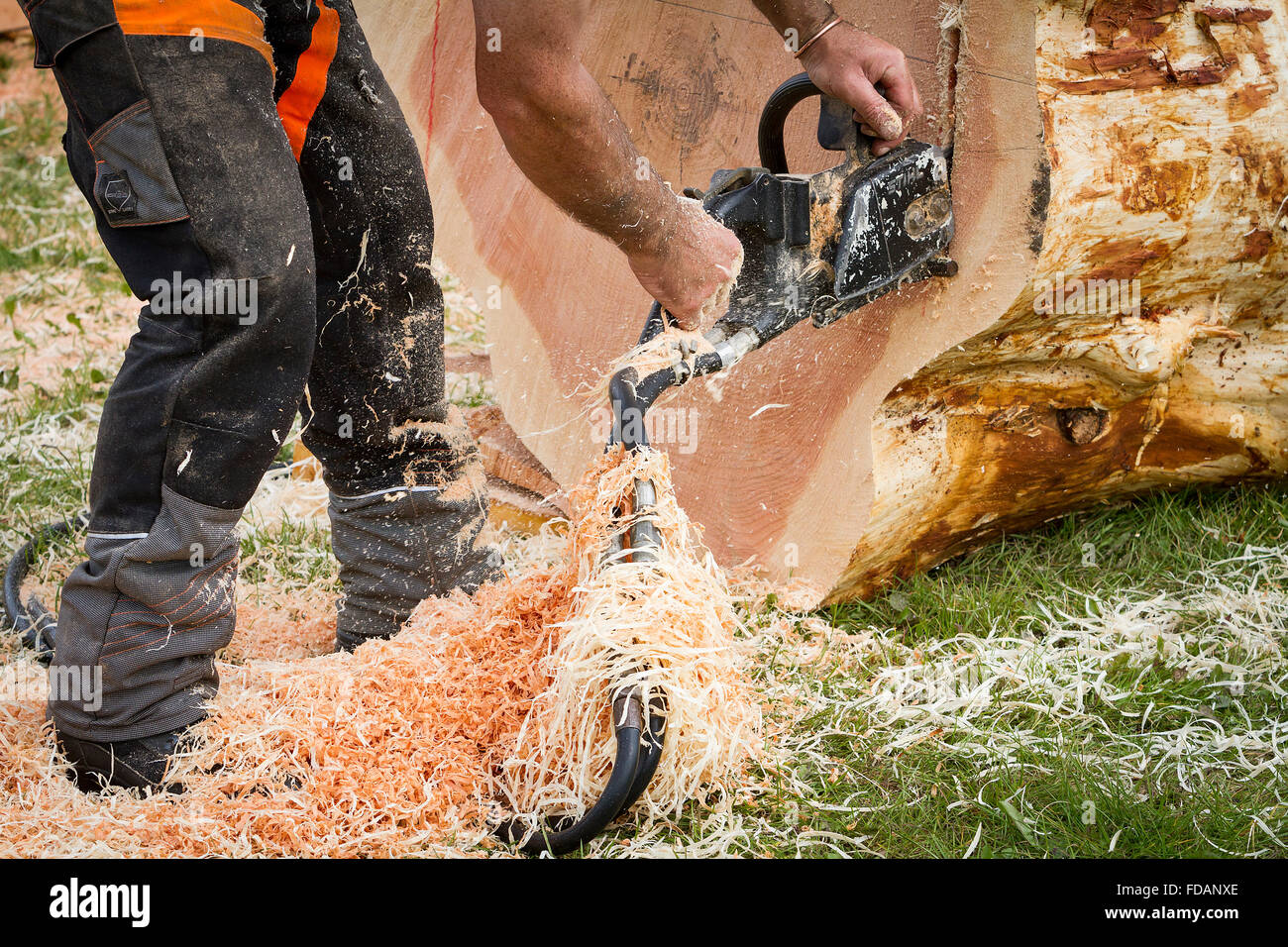Log sawing stock photos images alamy