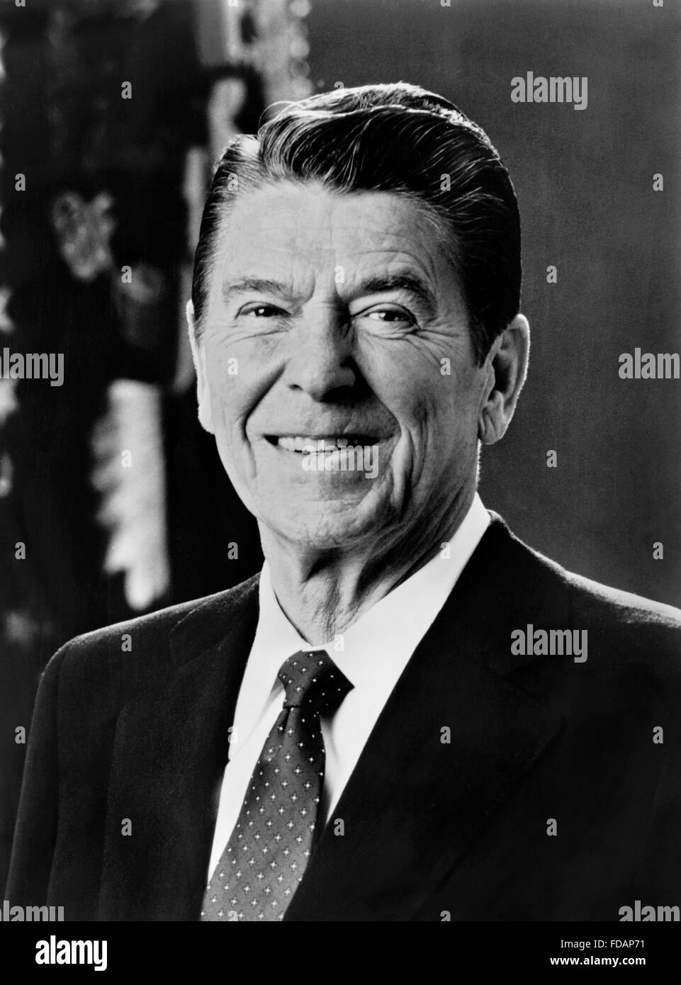 Ronald Reagan. Official White House portrait of Ronald Reagan, the 40th President of the USA, c.1981-1983 - Stock Image