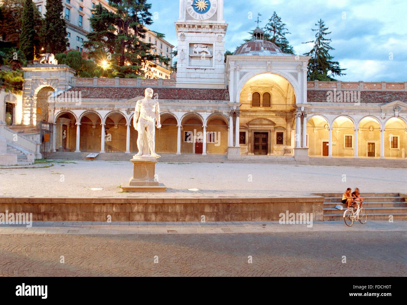 Italy, Friuli Venezia Giulia, Udine, Piazza della Libertà, Square, Loggia di San Giovanni. - Stock Image