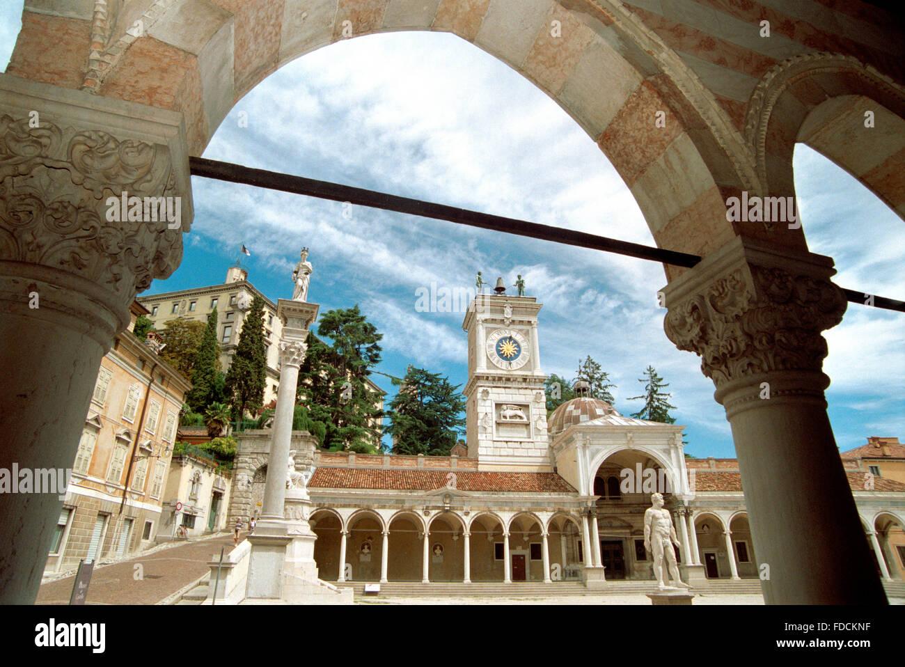 Italy, Friuli Venezia Giulia, Udine, Piazza della Libertà, Square, Loggia di San Giovanni view from Loggia - Stock Image