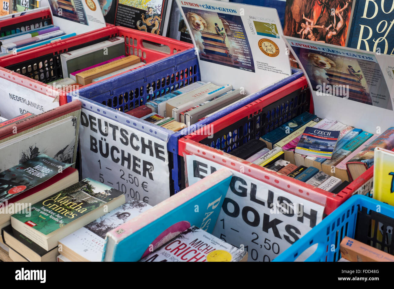 secondhand bookstall with english and german books for sale - Stock Image