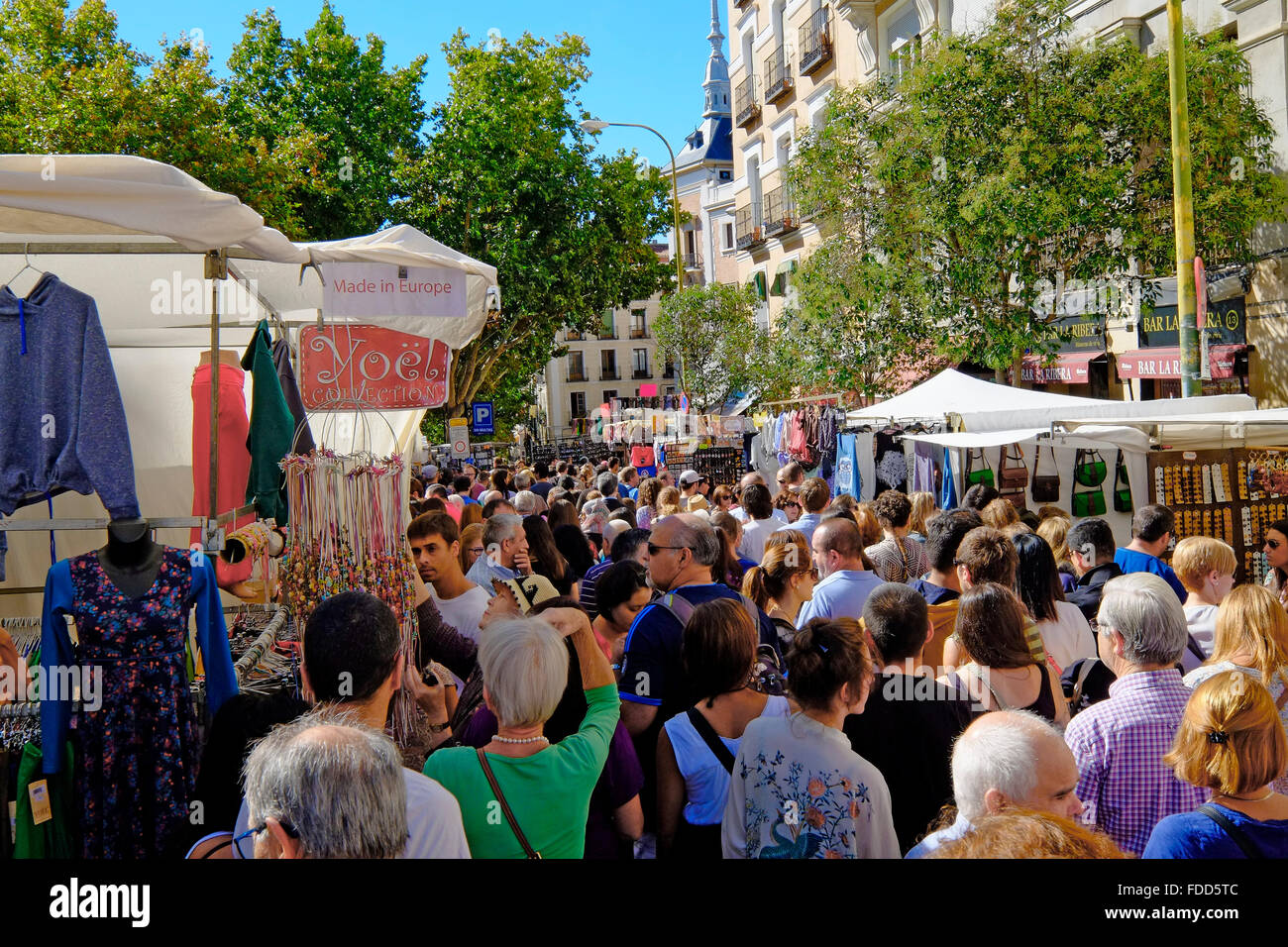 Plaza de cascorro stock photos plaza de cascorro stock - Cascorro madrid rastro ...