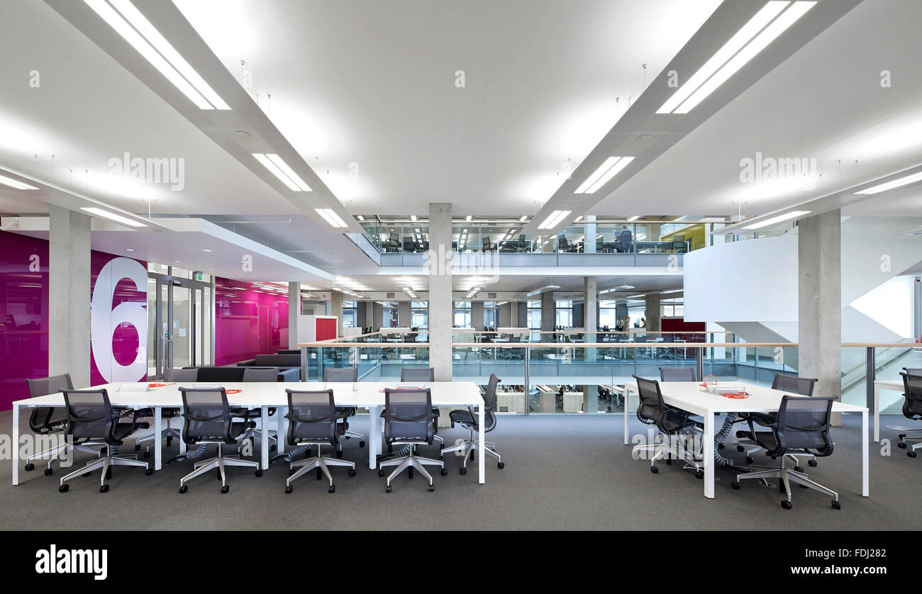 open floor office. Open Plan Office And Work Areas On 6th Floor. 5 Pancras Square, London, United Kingdom. Architect: Bennetts Associates Architect Floor A