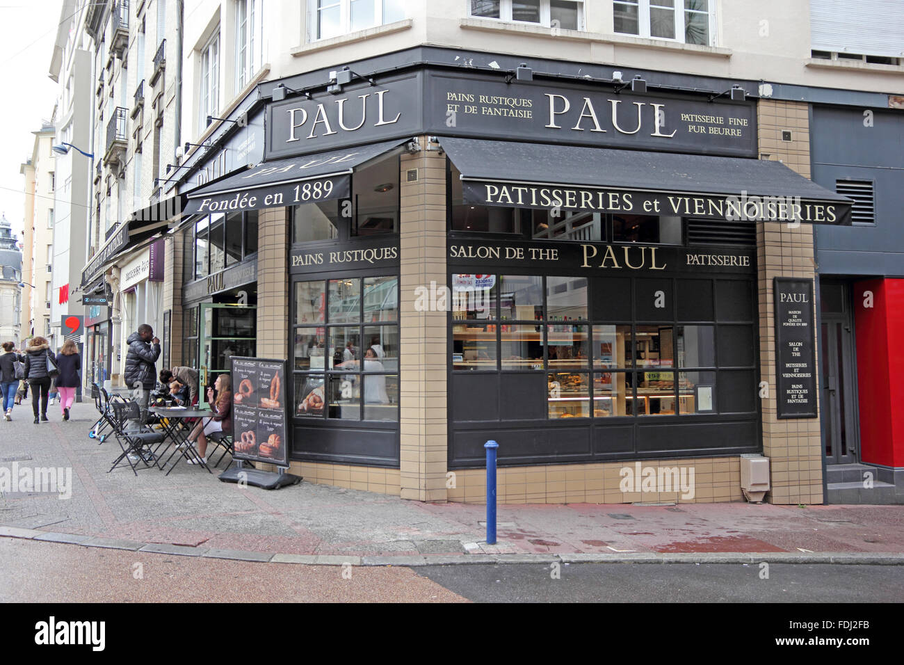 Paul, Salon de The and bakery shop, founded in 1889, Limoges, France - Stock Image