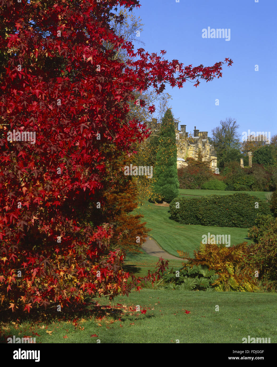 The Victorian house at Scotney Castle, Lamberhurst, Kent, in autumn. - Stock Image