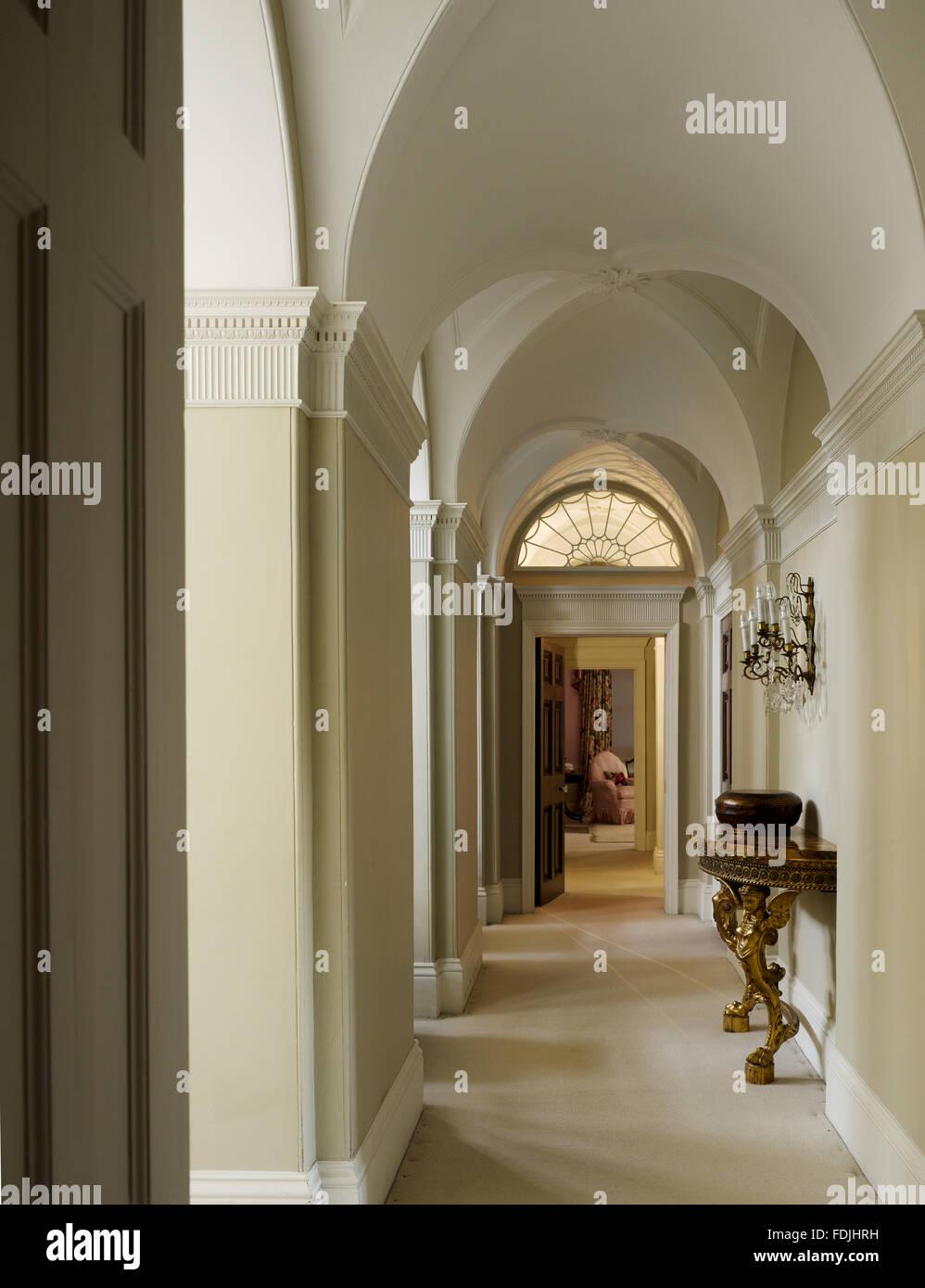 Lighting Basement Washroom Stairs: Basildon Park Berkshire Stock Photos & Basildon Park