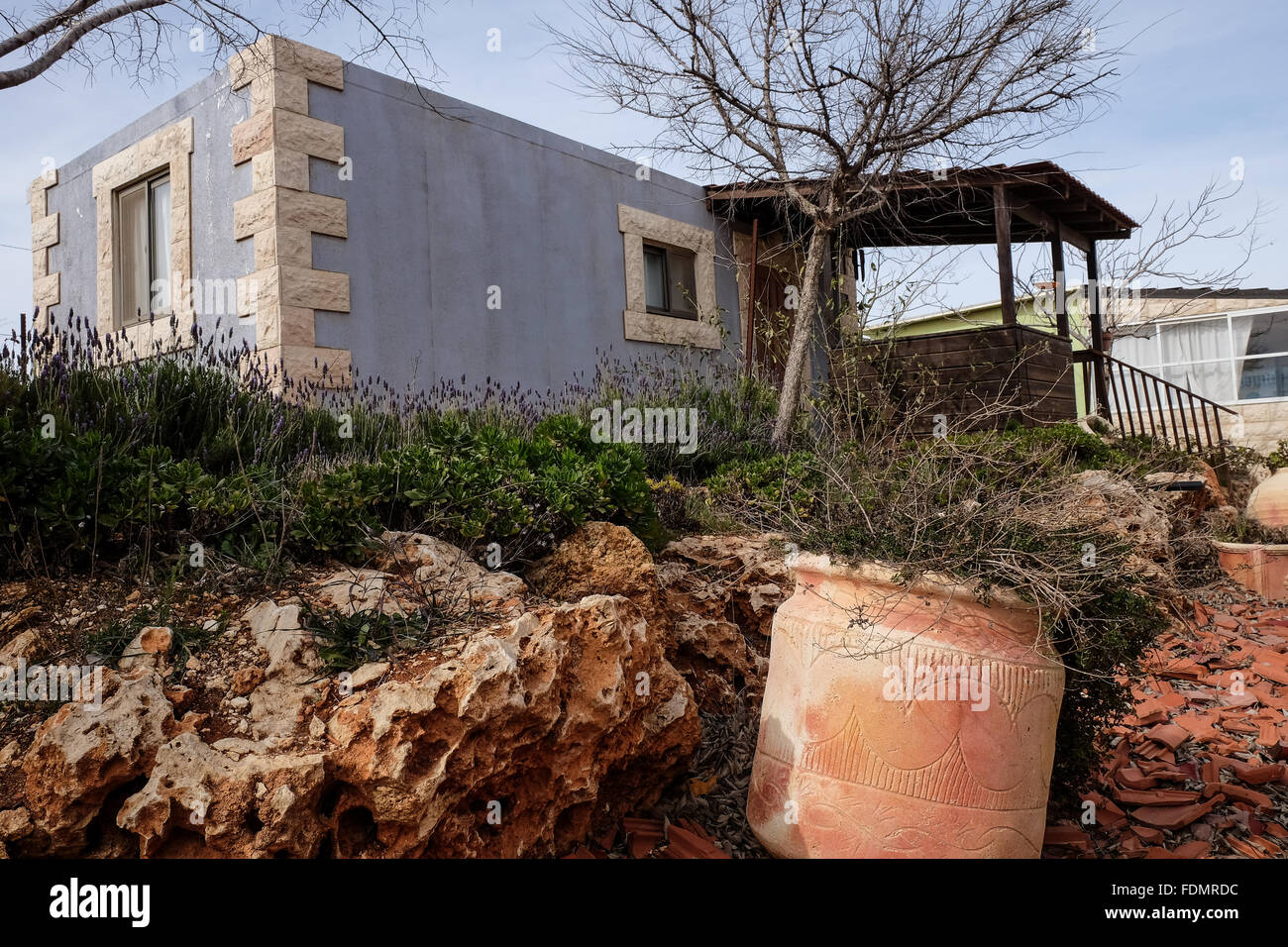 Kida, Israel. 1st February, 2016. Bed and breakfast units in the unauthorized settlement of Kida near Shiloh. An - Stock Image