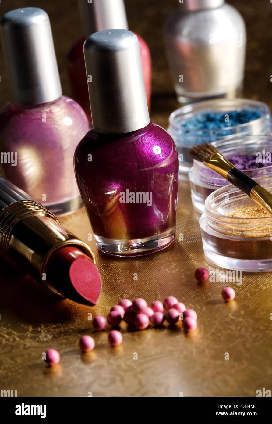 beauty,cosmetics,eyeshadow,nail polish Stock Photo: 94507056 - Alamy
