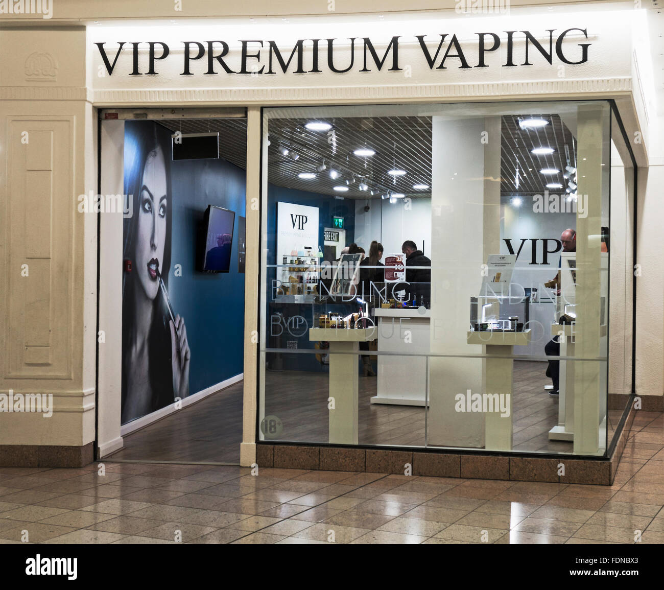Shop selling vaping products - Stock Image
