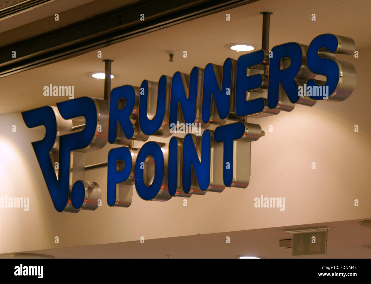 Markenname: 'Runners Point', Berlin. - Stock Image