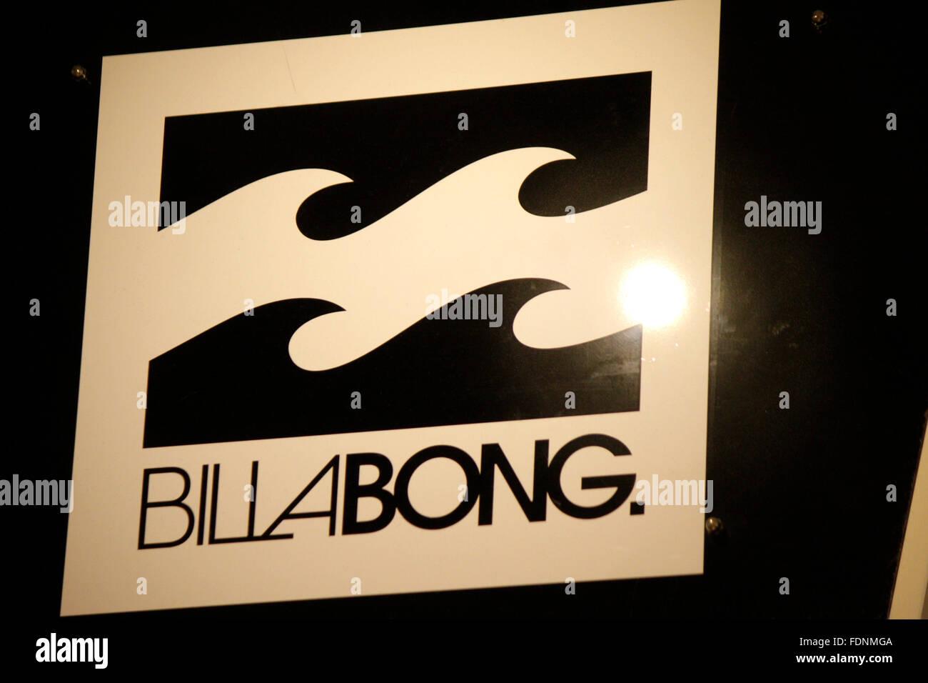 Markenname: 'Billabong', Berlin. - Stock Image