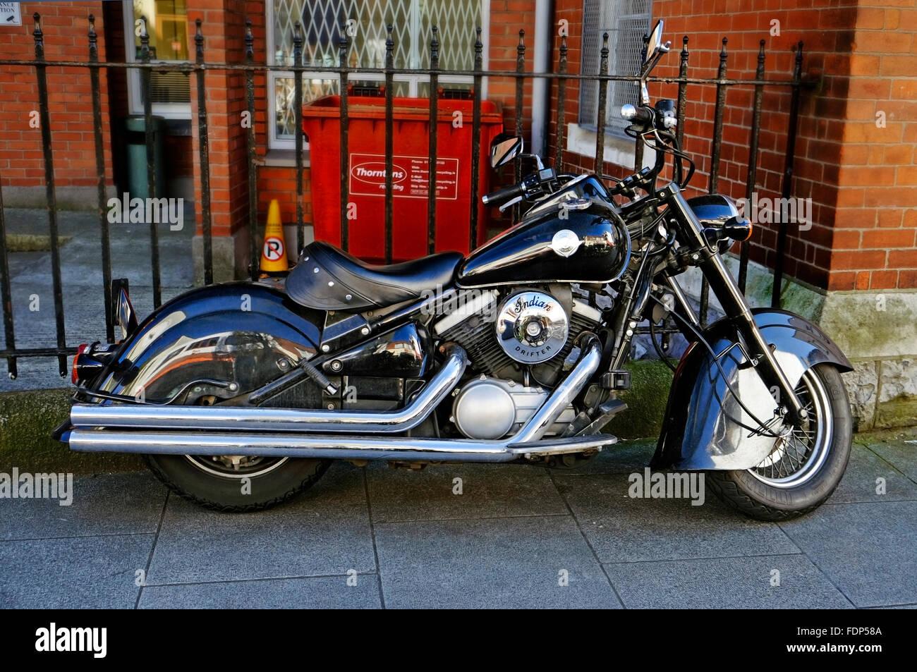Large Motorcycle Kawasaki Indian Drifter Vee twin dark blue Dublin Ireland - Stock Image
