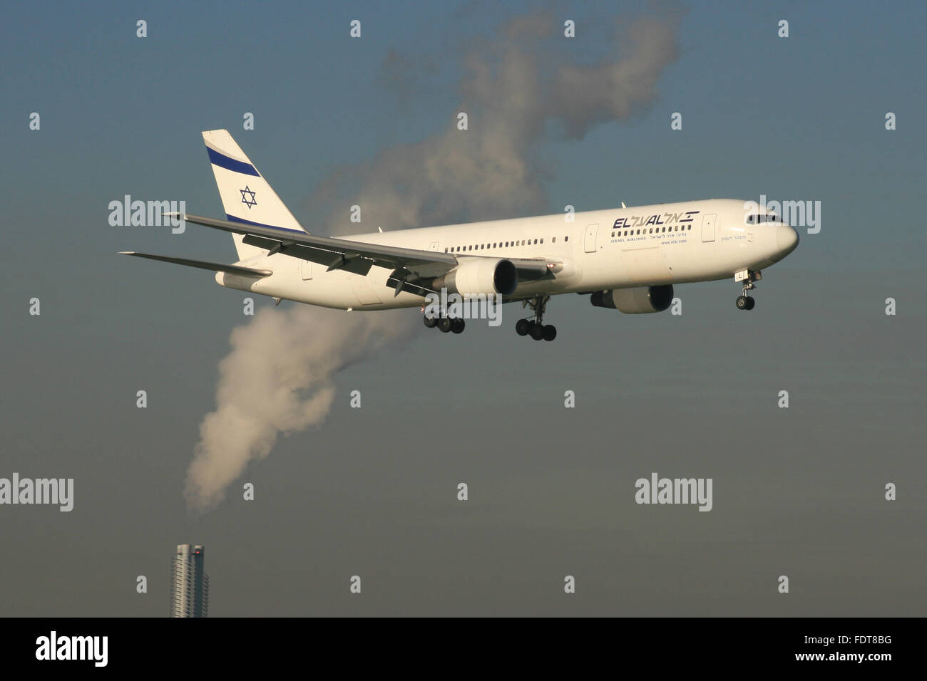 POLLUTION PLANE C02 - Stock Image
