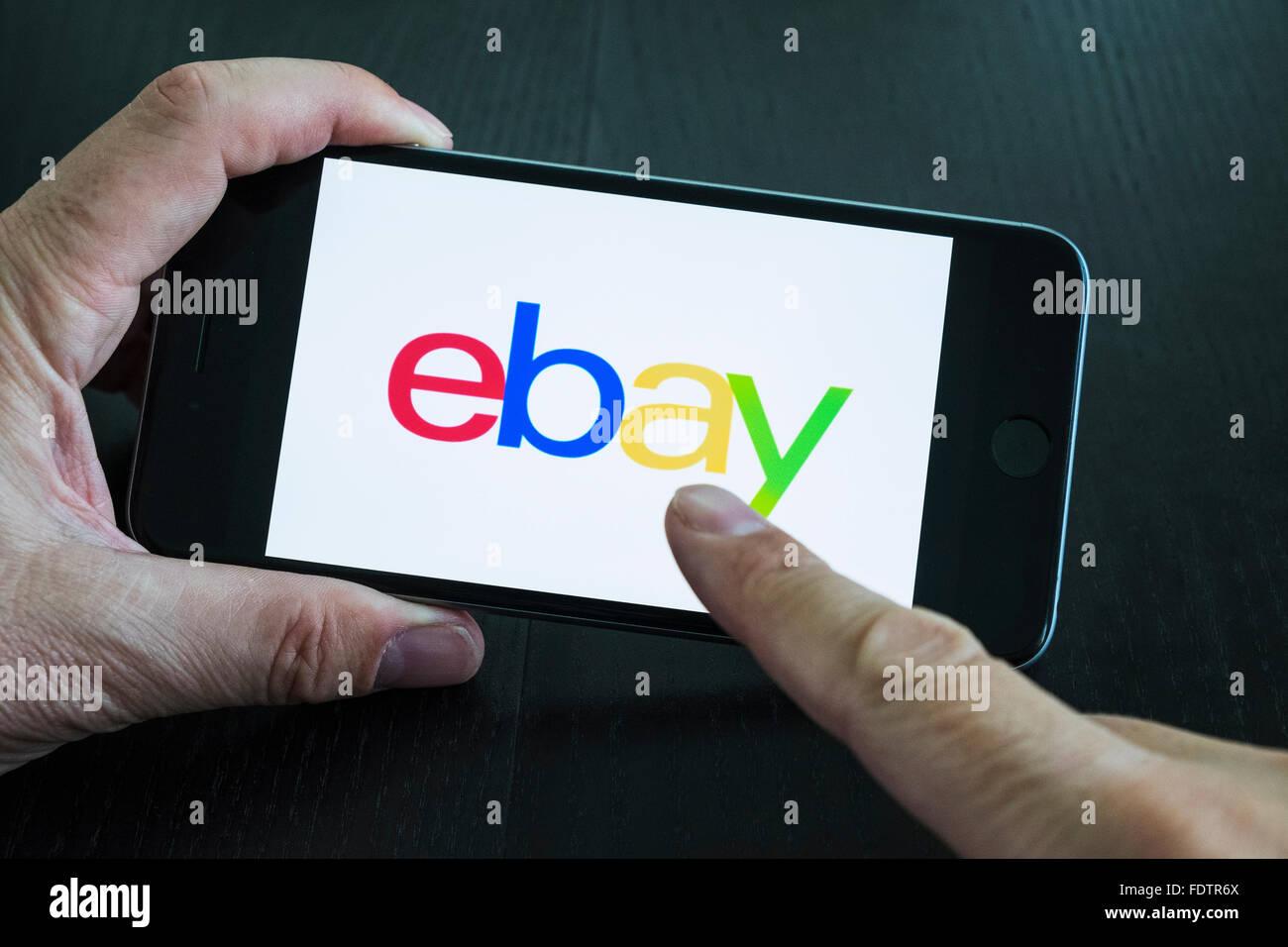 eBay online auction app logo on screen of smart phone Stock Photo