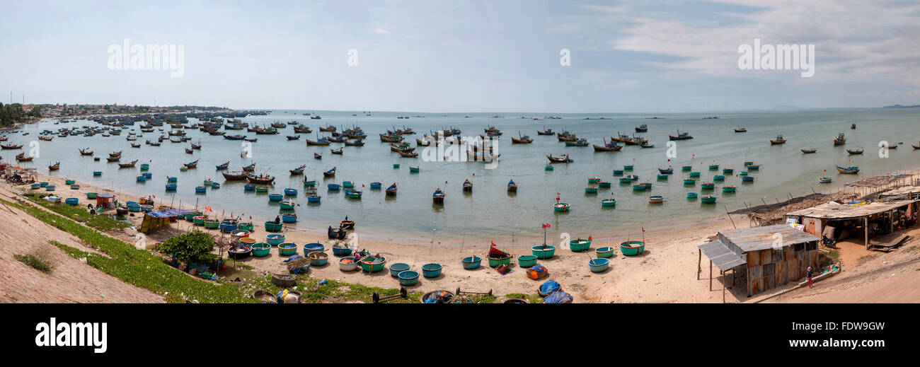 Viet Nam. Vietnam. East Asia, The village is called Lang Chai, Mui Ne fishing village. boats bay coracles - Stock Image