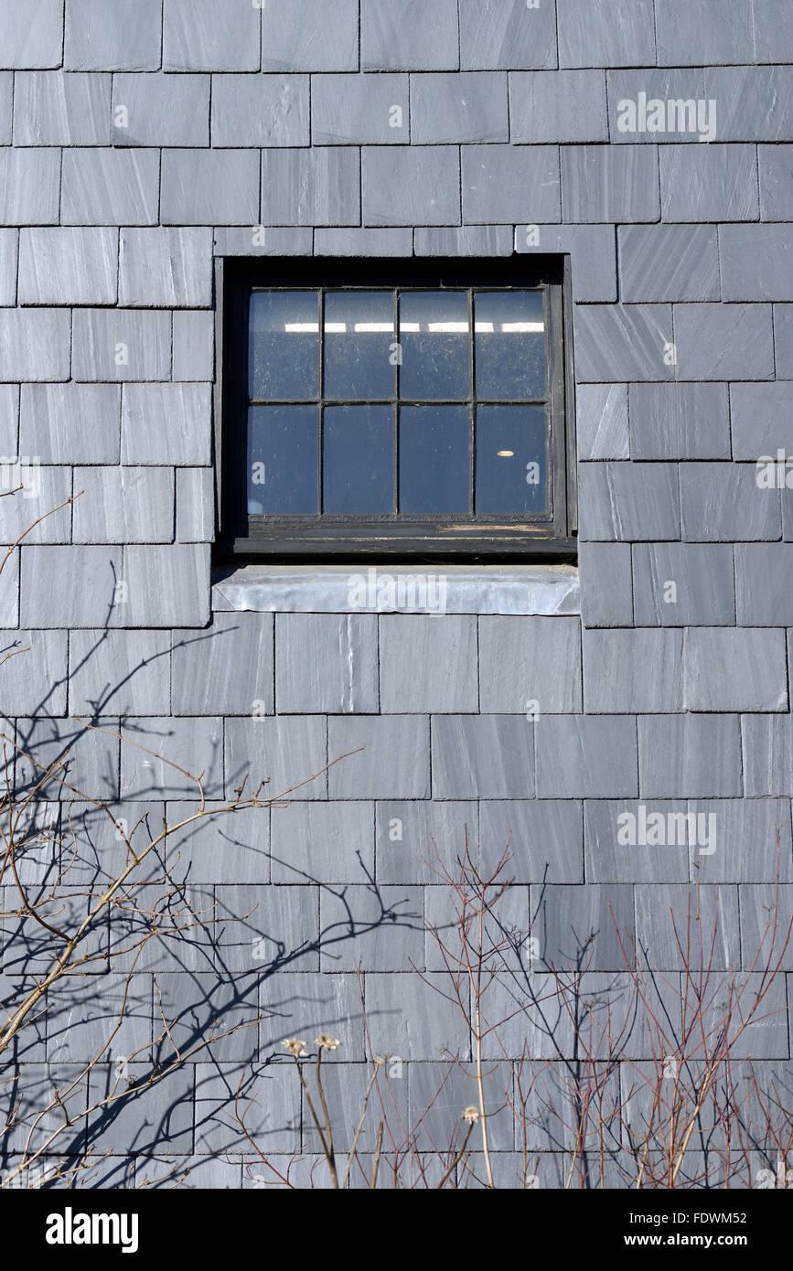 Slate Tile Wall Stock Photos & Slate Tile Wall Stock Images - Alamy