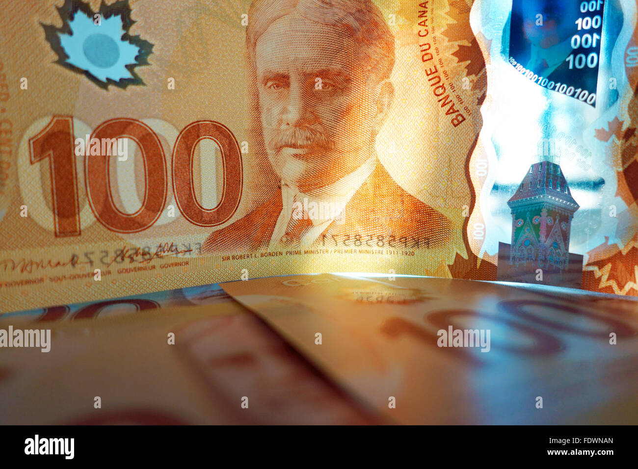 Canadian 100 one hundred dollar bill paper money - Stock Image