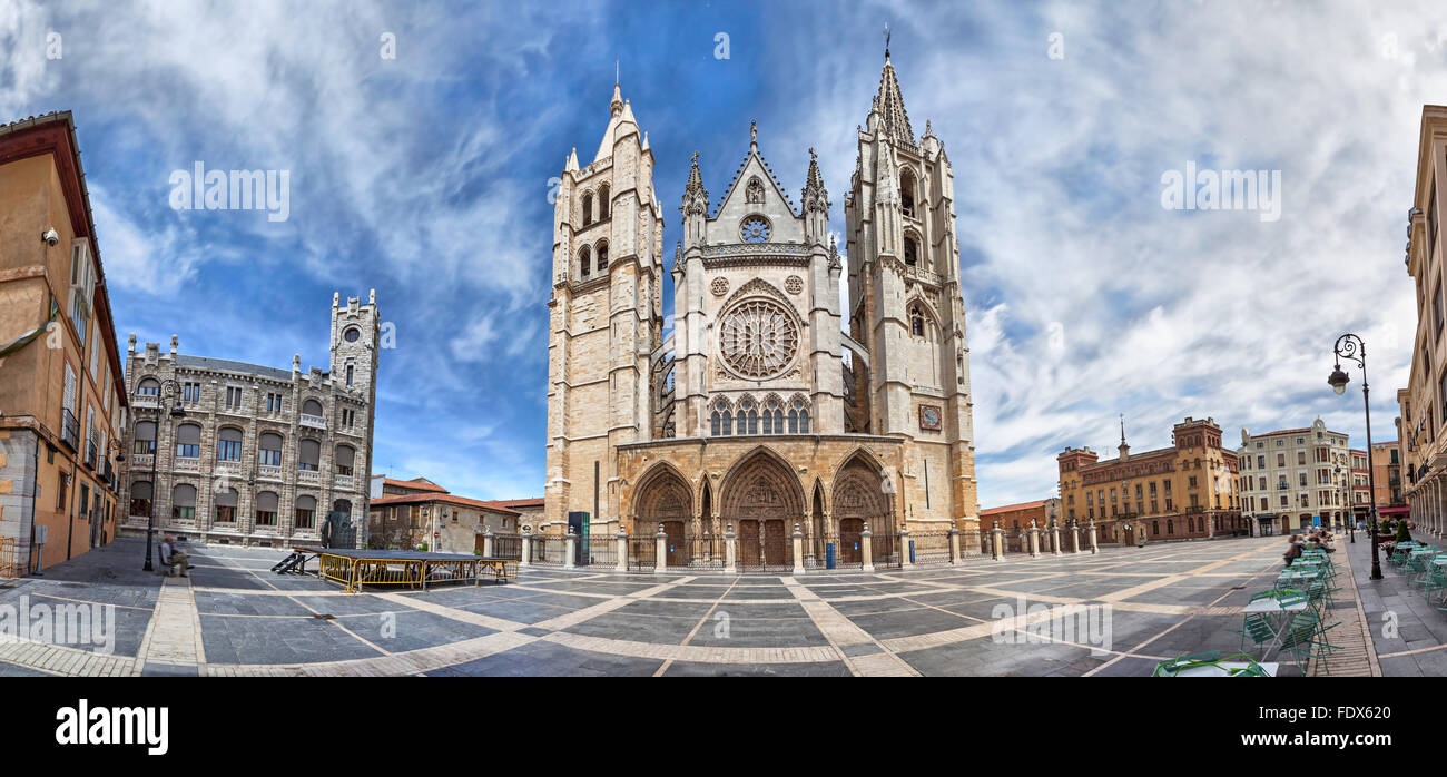 Panorama of Plaza de Regla and Leon Cathedral, Castile and Leon, Spain Stock Photo