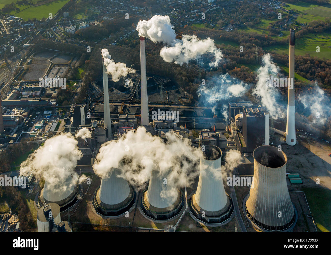 Coal power plant Scholven, E.ON Kraftwerke, cooling towers, chimneys, smoke, Gelsenkirchen, Ruhr district - Stock Image