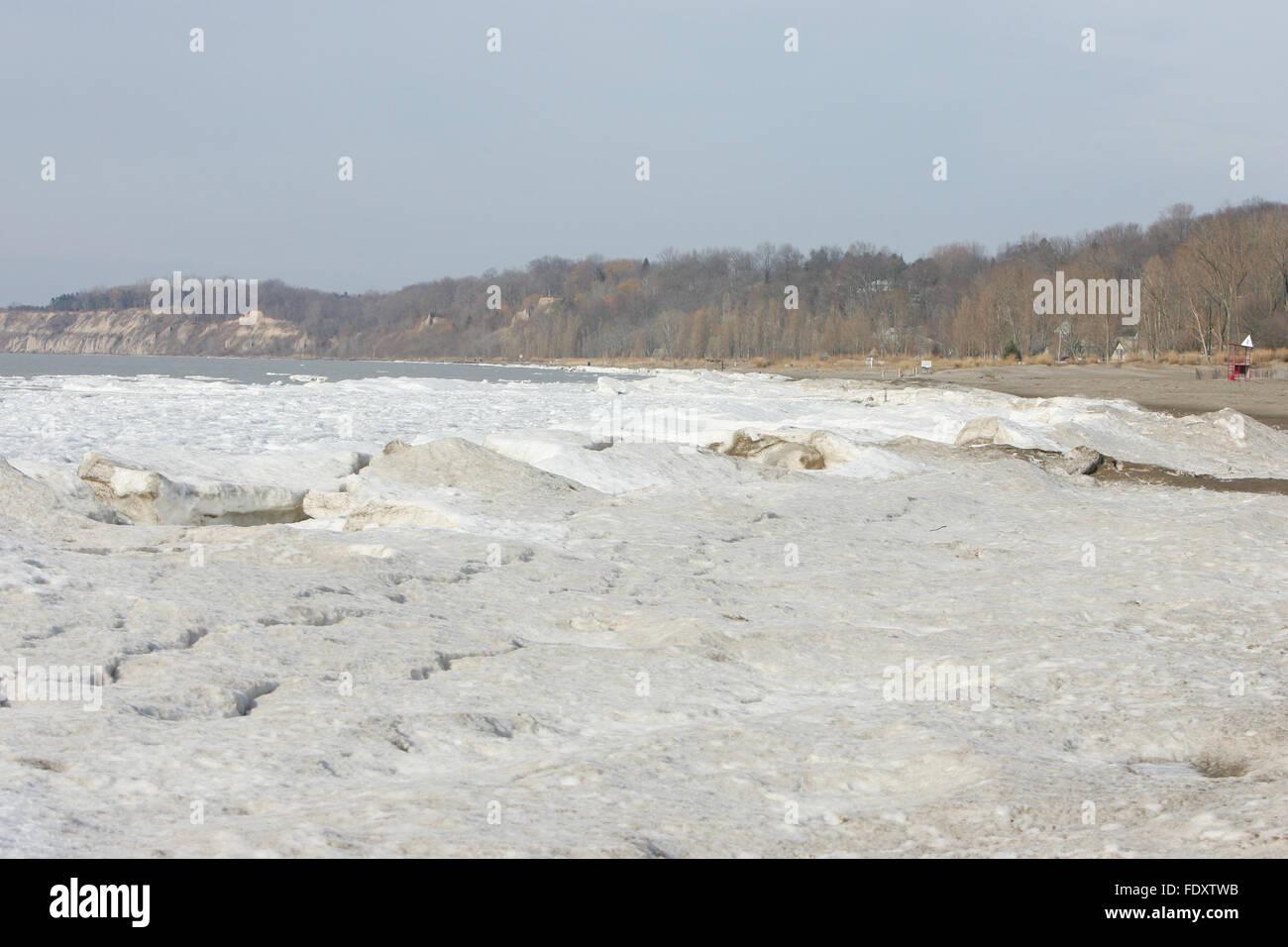 Port Stanley Beach Shore is frozen - Stock Image