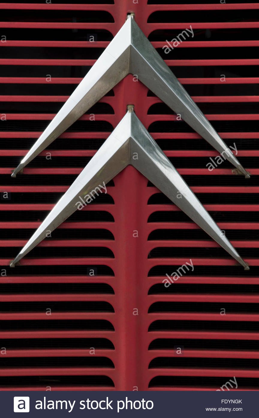 Close-up of the grille and chevron emblem on the front of an old Citroen van Stock Photo