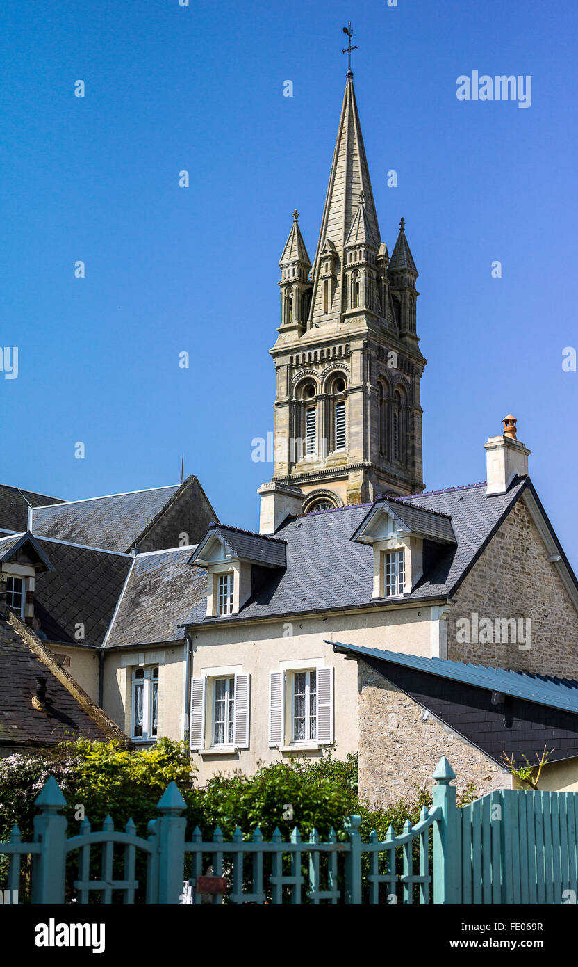 France, Normandy, Ouistreham, the houses in the places of the second World War lending - Stock Image