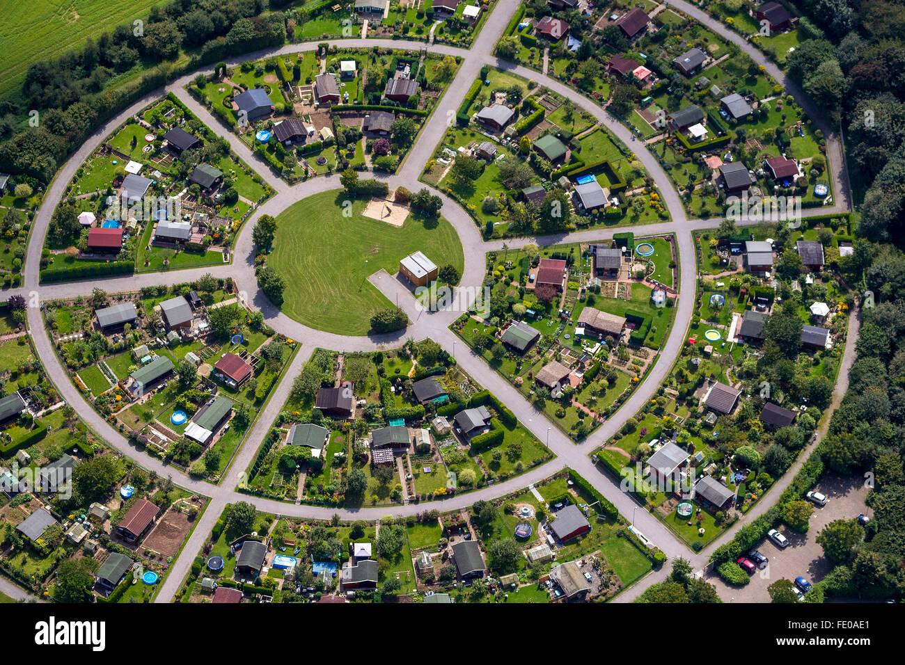 Aerial view small garden round gardens Cäcilienstrasse circle circular K&-Lintfort Lower Rhine North Rhine-Westphalia & Aerial view small garden round gardens Cäcilienstrasse circle ...