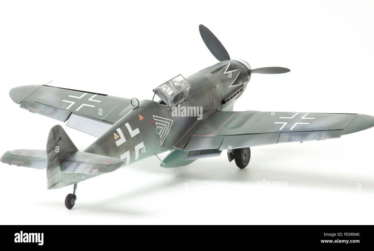 Messerschmitt Bf109G-10 Erla Luftwaffe markings with open canopy. 132 fine scale model on white studio background.  sc 1 st  Alamy & Messerschmitt Bf109G-10 Erla Luftwaffe markings with open canopy ...