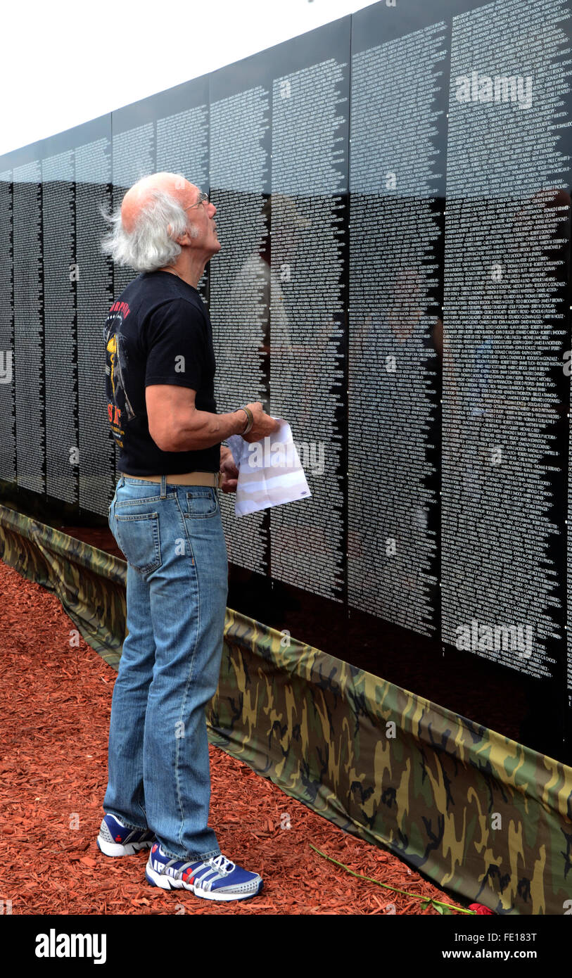 Vietnam Veteran Memorial Wall High Resolution Stock Photography And Images Alamy